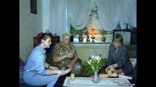 Hardcore groupsex with grannies