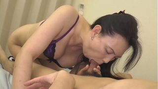 hot japanese milf gives a nice bj and hot fuck