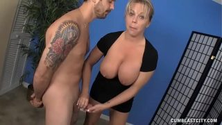 Mature Babe Meets A Guys Who Hasnt Had A Cum Release For Weeks
